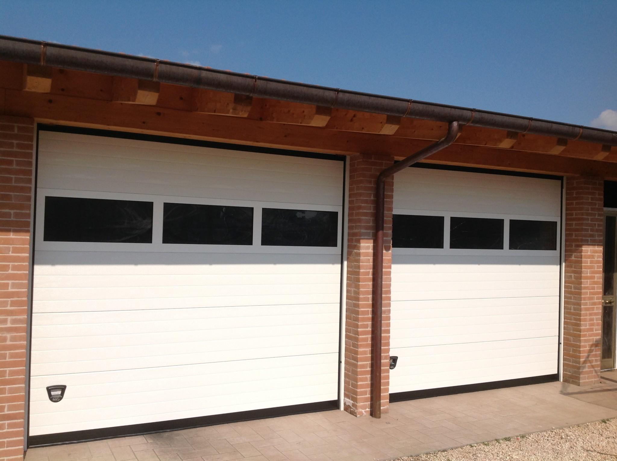 Detrazione fiscale 50 porte garage portoni sezionali e - Porta garage scorrevole ...
